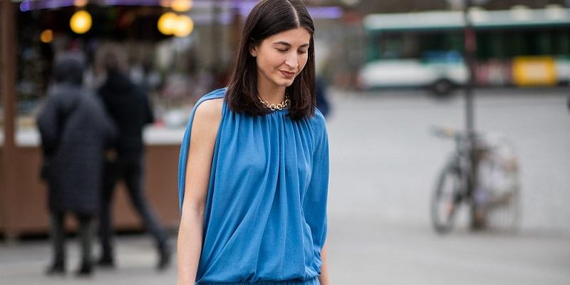 looks vestido azul verano