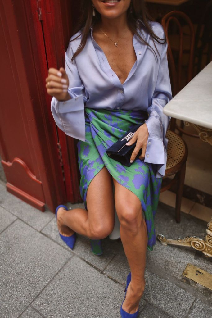 look-invitada-falda-pareo
