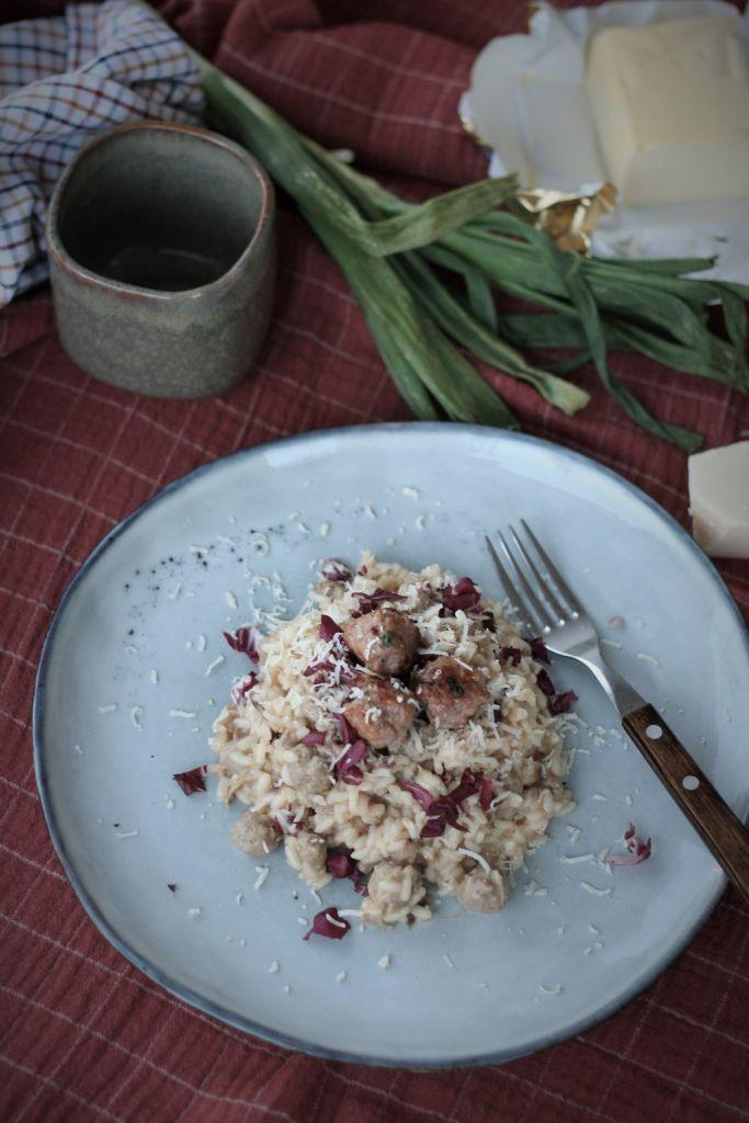 risotto-salchichas-frescas-achicoria-roja