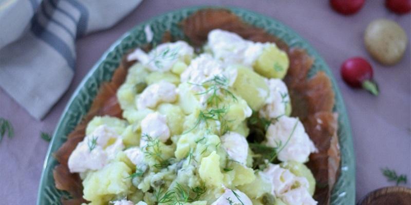 ensalada-de-patatas-y-salmon-ahumado