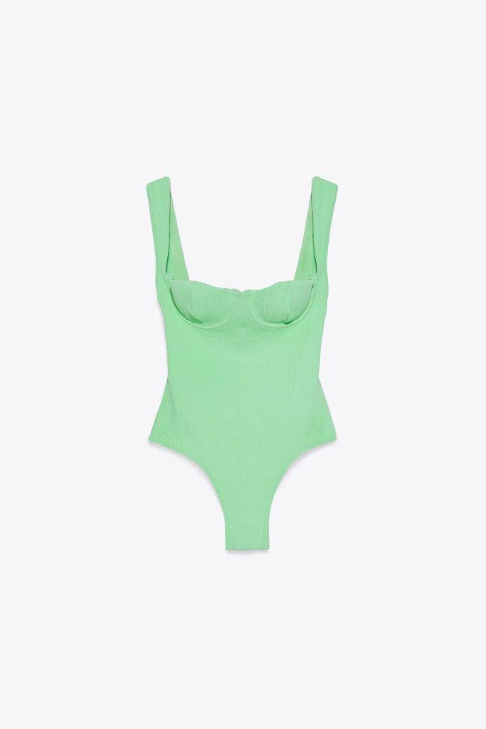 compras-verano-bañador-verde-zara