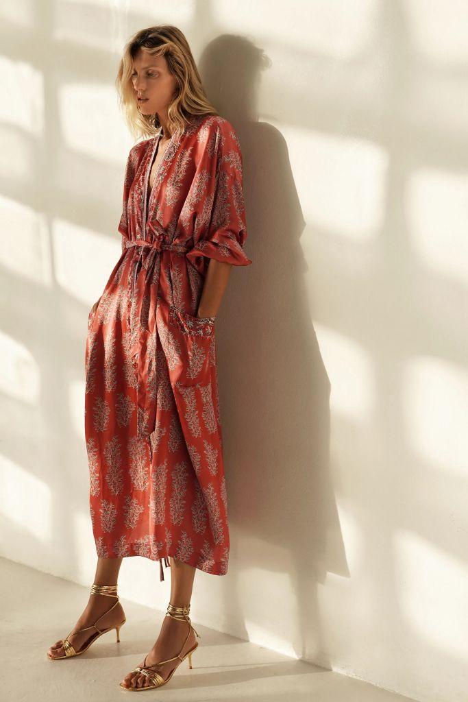 look-vestido-kimono-zara