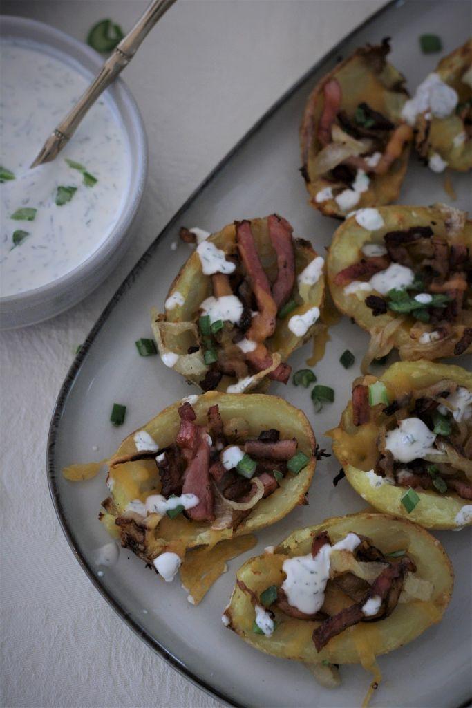 potato-skins-con-queso-cheddar-bacon-cebolla-caramelizada-4