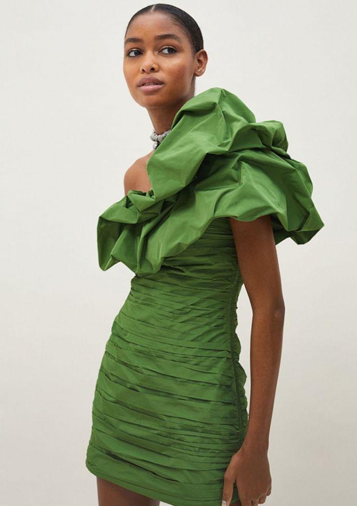 look-invitada-vestido-verde-hm-conscious-exclusive