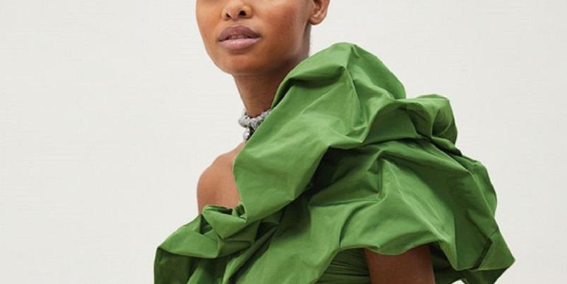 look-invitada-vestido-verde